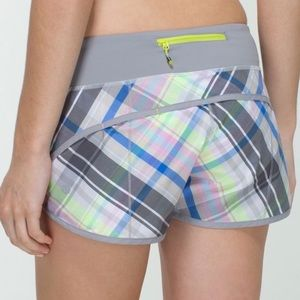 Lululemon Speed Short Rad Plaid Lullaby 6